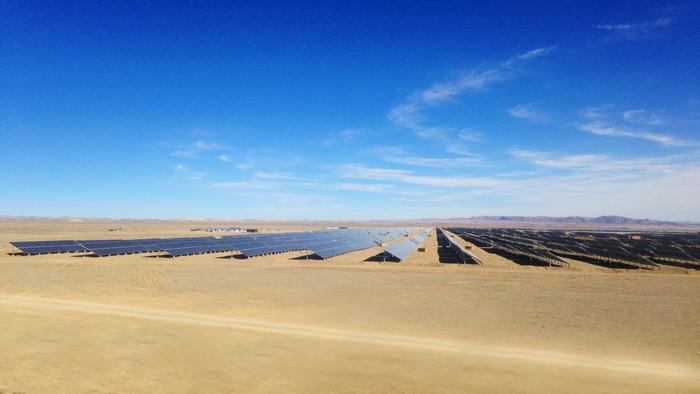 新疆托克逊90兆瓦项目